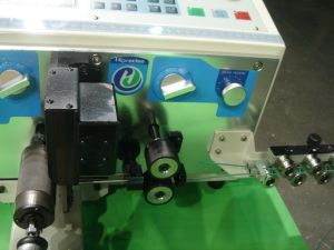 High Precision Automatic Cable Wire Cutting Stripping Machine for Sale pictures & photos