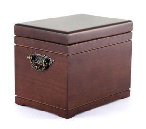 Deluxe All-Natural Mahogany Urn and Chest pictures & photos