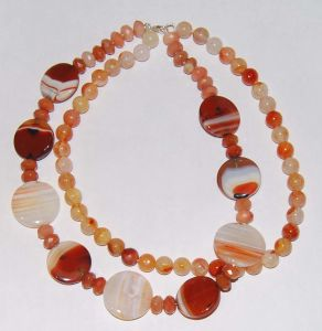 Semi Precious Stone Fashion Crystal Agate Beaded Necklace Jewelry Sets (ESB01304) pictures & photos