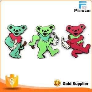 Colorful Metal Enamel Dancing Bear Pin Badge Manufacturer pictures & photos