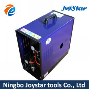 silent Air Compressor with Water Filter D820 pictures & photos
