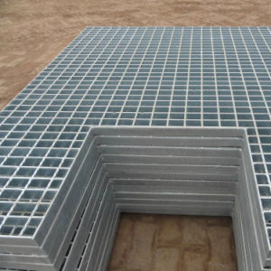 Anti-Skid/The Crocodile Mouth Checkered Plate/Stair Tread/Serrated Steel Grating pictures & photos