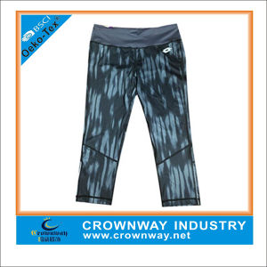 Custom Sublimation Print Sexy Pants Yoga Capris for Women pictures & photos