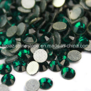 High Quality DMC Hot Fix Rhinestone for Decorate (SS10 Emerald/3A grade) pictures & photos