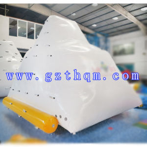 Inflatable Water Climbing Mountain for Water Sport Games/Inflatable Water Toys pictures & photos