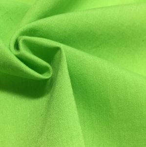 Yarn: 45sx45s Density: 96X72 Polyester Cotton Poplin Fabric pictures & photos