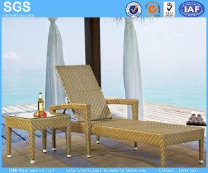 Rattan Furniture Fish Bone Tight Weaving Wicker Sun Lounger pictures & photos