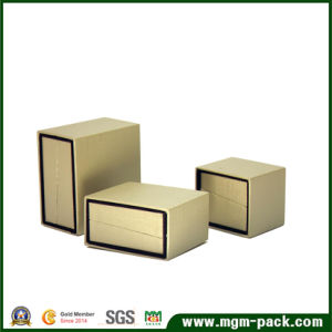 Decorative Custom Packaging Plastic Jewelry Box pictures & photos