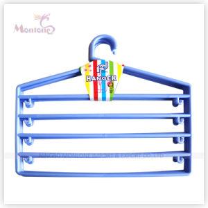 36*32cm Space Saving Plastic Cloth Hanger pictures & photos