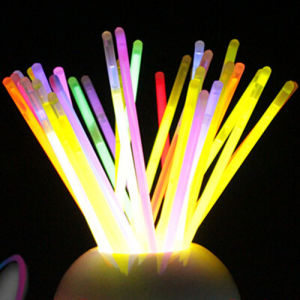Glow Stick Bracelets Mixed Colours (Tube of 100) pictures & photos