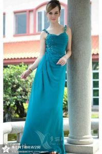 2017 Best Selling Elegant Green Sheath Boat Neck Lace Bodice Satin Long Sleeve Evening Dress Prom Dess (MN1281) pictures & photos
