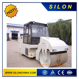 Lutong 8t Articluted Static Road Roller in Maymar Very Poplar pictures & photos
