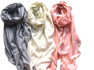 100%Cashmere Rolly Edge Fashion Shawl pictures & photos