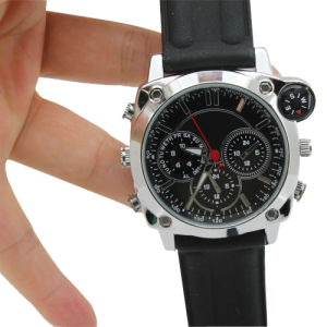 1080P HD Camera Watch with Video Recorder 4GB-16GB (QT-H004) pictures & photos