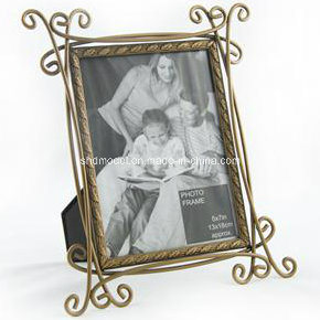 Metal Bronze Family Photo Frame (OEM) pictures & photos