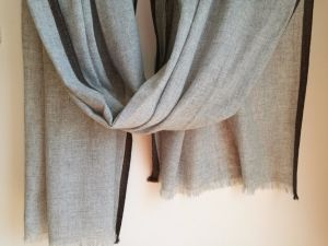 Cashmere Woven Borders Contract Colors Shawl pictures & photos