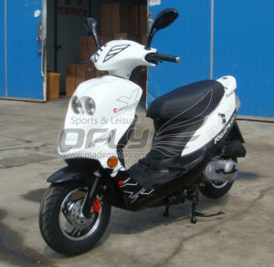 50CC Gas Motor Scooter Motorcycle (YY50QT-6E(2T)) pictures & photos