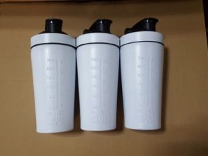 750 Ml Cup of Matte Stainless Steel Bottle of Shaker Protein pictures & photos