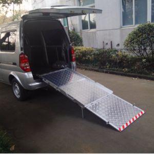 Manual Wheelchair Ramp Manual Folding Wheelchair for Van (BMWR-3) pictures & photos