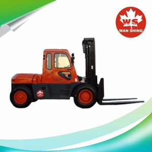 10 Ton Diesel Forklift Truck with Cabin pictures & photos