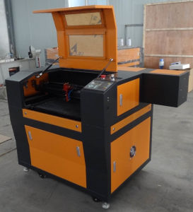 MDF/Acrylic CO2 Laser Engraving Cutting Machine (FL6040) pictures & photos