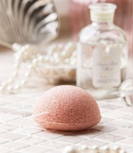 Wholesale 100% Natural Ficial Konjac Sponge for Skin Care pictures & photos