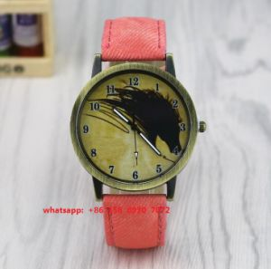 Brilliant Quartz Watch with Genuine Leather Strap Fs515 pictures & photos