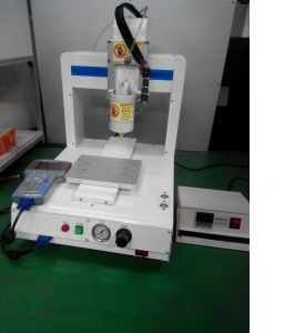 Automatic Hot Melt Glue Dispenser with Ce for PCB Electronic Components Fixed and Protection pictures & photos