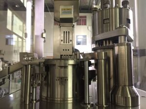 Njp-400c Capsule Filling Machine for Sale pictures & photos