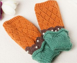 Warm Acrylic Lace Mitten Half Hand Gloves with Pearl Handmade Inlay pictures & photos