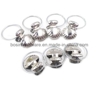 New Metal Shell Shape Curtain Clip pictures & photos