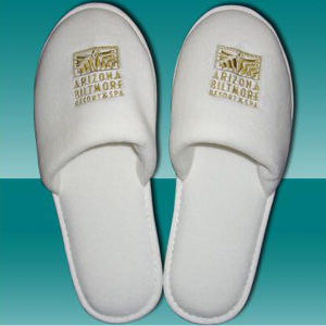 Hotel Logo Slipper for Hotel SPA Usage (DPF10326) pictures & photos
