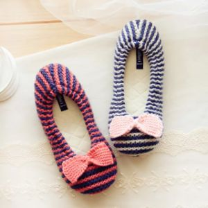 Women Knit Slipper Indoor Slipper Fotwear Pregnant Women Bow Shoes pictures & photos