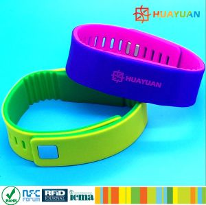 Personalized Logo printing T5577 GYM RFID Silicone Bracelet pictures & photos