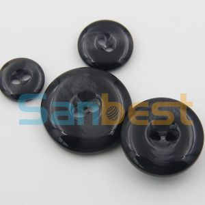 Fashion Design Luxurious Resin Buttons for Overcoat pictures & photos