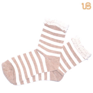 Women′s Stripe Cotton Sock pictures & photos
