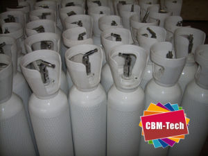 10L Medical Oxygen Cylinder W/ Top-Thread Valve Qf-7D2 pictures & photos