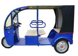 60V, 1000W Electric Rickshaw Tricycle for Passenger with High Quality