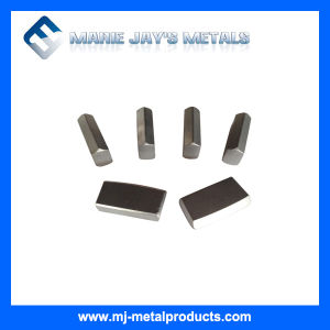 Standard Saw Tips / Carbide Tools / High Quality Saw Tips pictures & photos