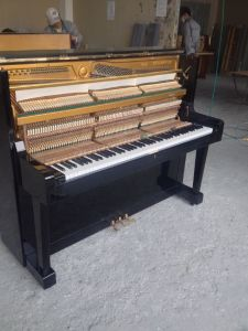 Fully Restored Japanese Used Upright Piano for Sale pictures & photos