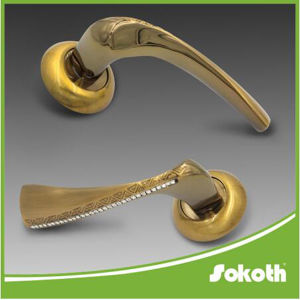The Europe Markt Hot Sell Crystal Deisgn Wooden Door Handle pictures & photos
