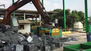 Car Shell Press Automatic Scrap Aluminum Metal Baler pictures & photos