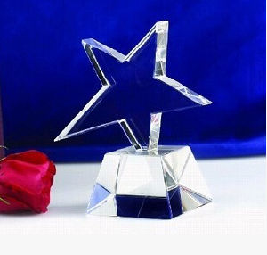 Hot Sales Low Price Crystal Trophy Award for Souvenir Gift pictures & photos