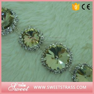 Cup Chain Glass Beads Chaton for Sandal pictures & photos