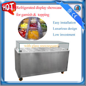 Refrigerated display showcase for garnish and topping pictures & photos