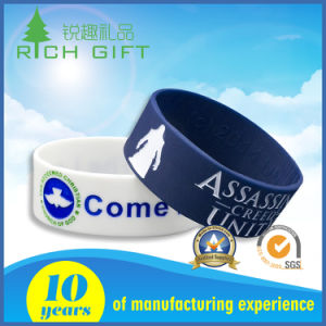 Supply Style Novel Fashion Concave Carved Coloring Silicone Bracelet pictures & photos