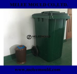 Plastic Injection Step-on Wastebasket Mould pictures & photos