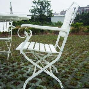 Classical Folding Armchair with Metal Structure Wooden pictures & photos