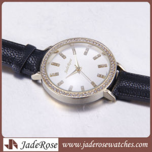 Original Quartz Movement Stainless Steel Cover Waterproof Leather Diamond Watch pictures & photos