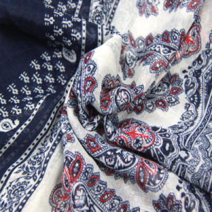 New Design Printed Flower Scarf Fashion Accessory for Women Shawls pictures & photos